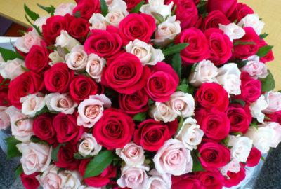 кращий подарунок для будь якої жінки – великий букет квітів