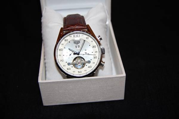 як доглядати за швейцарськими годинниками