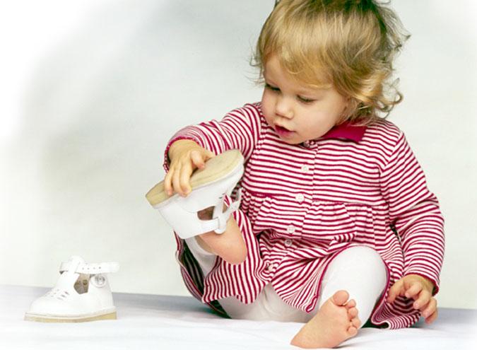 вибираємо гарну дитячу одяг для самих маленьких